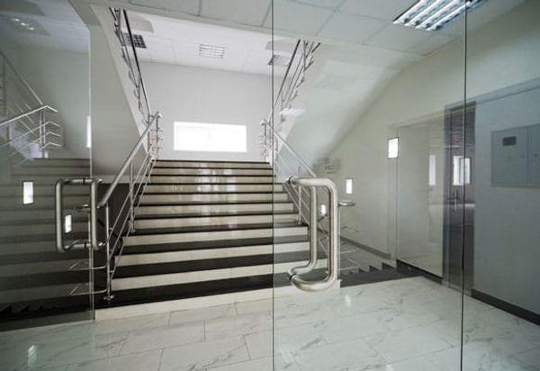 Installation Portes Vitrées ou En Verre - GEO CHASSIS