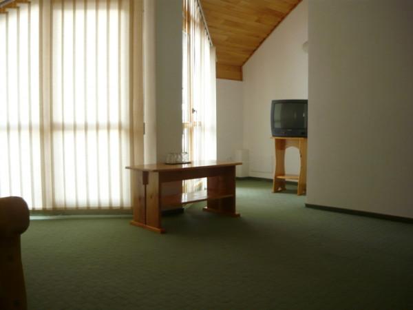 Galery Image 326