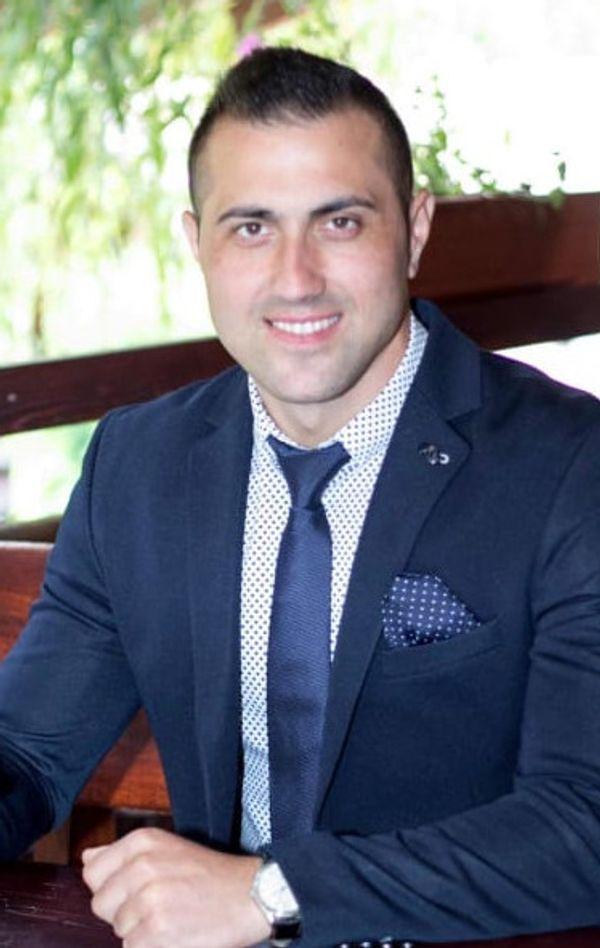 Emanuel Cojocariu - Coch Business